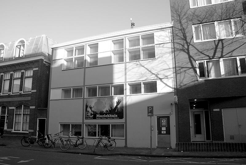 Cab 03, Leiden